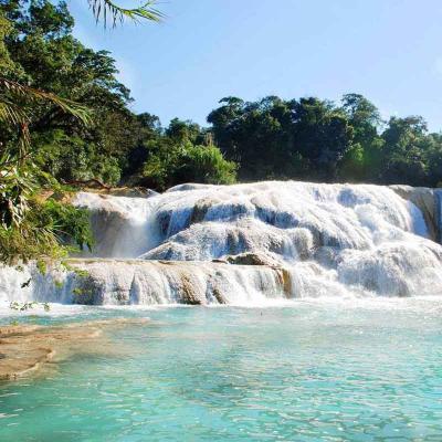 Tour de un día a las Cascadas de Agua Azul y Misol Ha desde San Cristóbal con traslado a Palenque