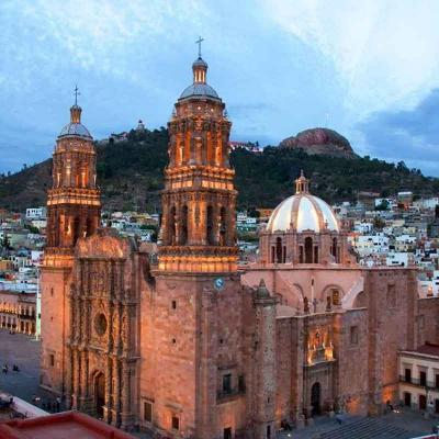 Tour de medio día visitando Museo de Arte Virreinal, Centro Platero en Guadalupe desde Zacatecas