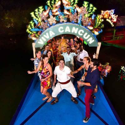 Admisión Parque Xoximilco con Traslado desde Hotel en Cancún o Riviera Maya