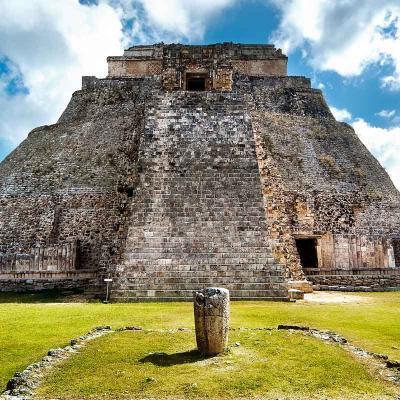 Tour de un día a la Zona Arqueológica de Uxmal y Kabah desde Mérida