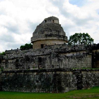 Tour de un día a la Zona Arqueológica de Chichén Itzá desde Mérida con traslado a Playa del Carmen
