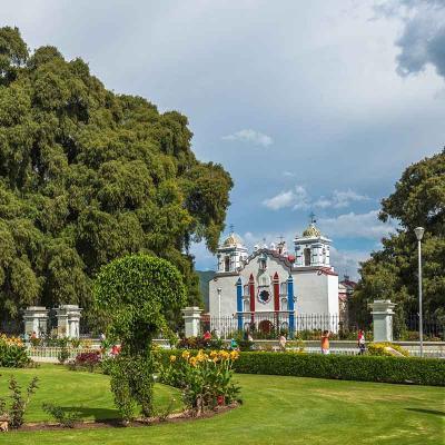Tour combinado a Zona Arqueológica de Mitla y Tlacolula desde Oaxaca