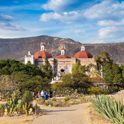 Tour Combinado de 9 días por Cd. de México y Oaxaca, Teotihuacán, Taxco, Monte Albán, Mitla y más