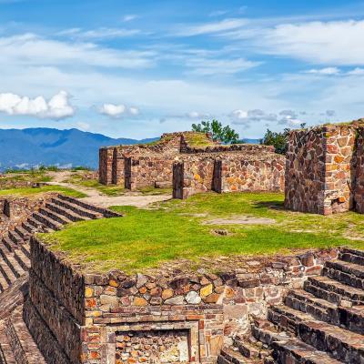 Tour Combinado de 11 días a Cd. de México y Oaxaca: Teotihuacán, Taxco, Monte Albán, Mitla y más