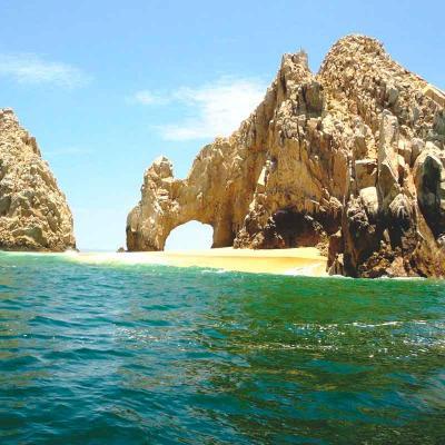 Snorkeling By The Arch (Sin Transportación)